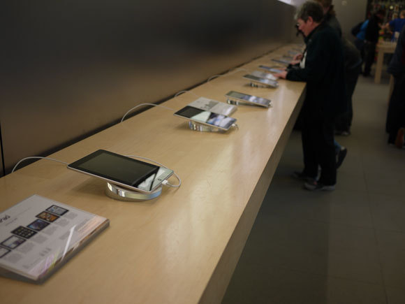First Staff Blog-iPadニューヨーク5thaveapplesotre