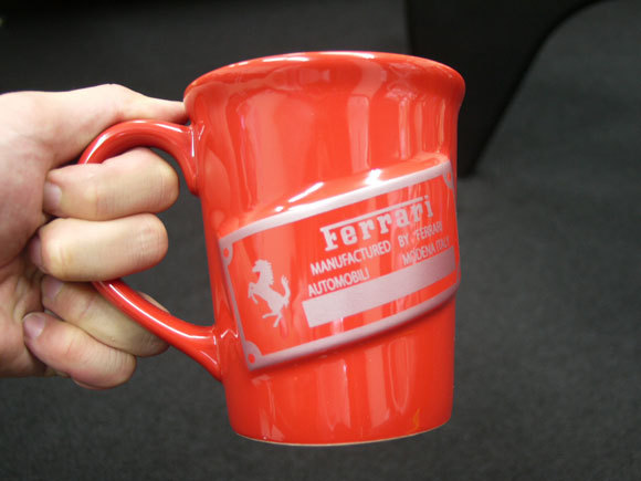 First Staff Blog-フェラーリマグカップ裏