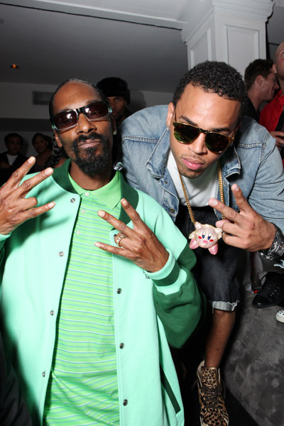 First Staff Blog-TAKERS Snoop Dogg and Chris Brown