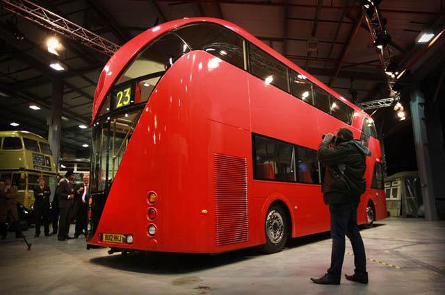 かっこいい形のロンドンバス