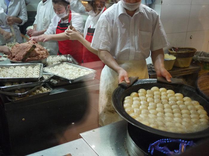 First Staff Blog-上海 焼小籠包