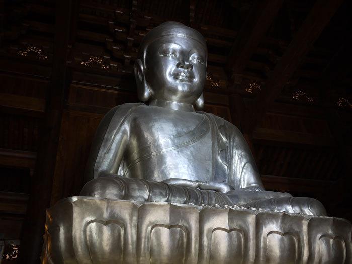 First Staff Blog-上海 静安寺