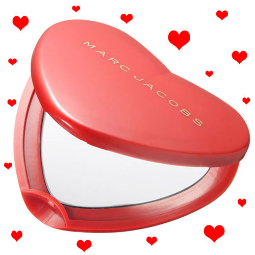 ☆ First Staff Blog ☆-MARC JACOBS HEART COMPACT