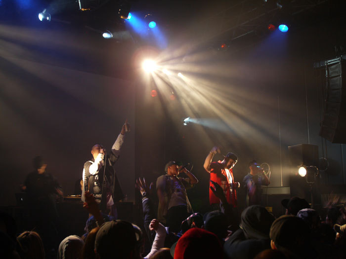 ☆ First Staff Blog ☆-HEAD BANGERZ