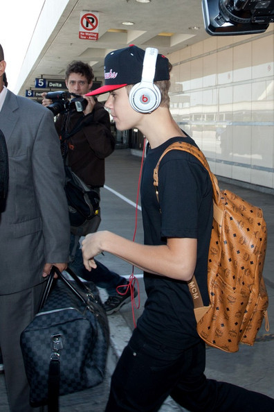 ☆ First Staff Blog ☆-Justin Bieber with MCM