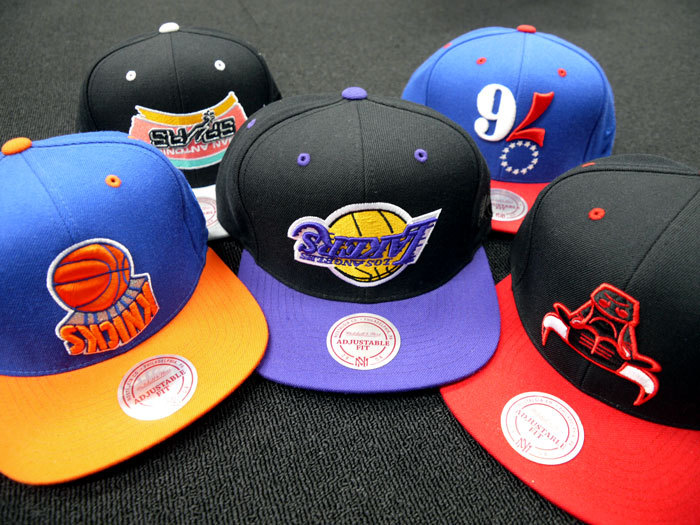 ☆ First Staff Blog ☆-MITCHELL&NESS×HALL OF FAME