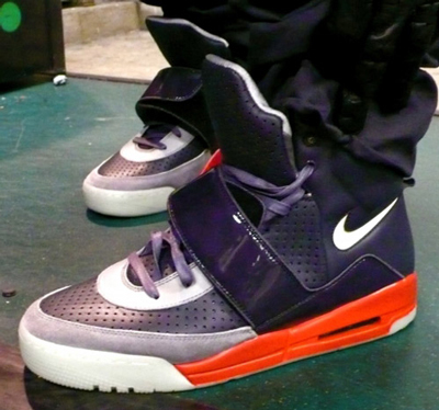 nike-air-yeezy-thumb