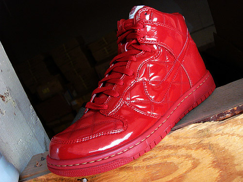 nike-octagon-quilted-dunk-high-3