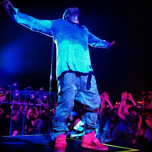 kanye west Red Nike Air Yeezy 2 Sneakers (2)